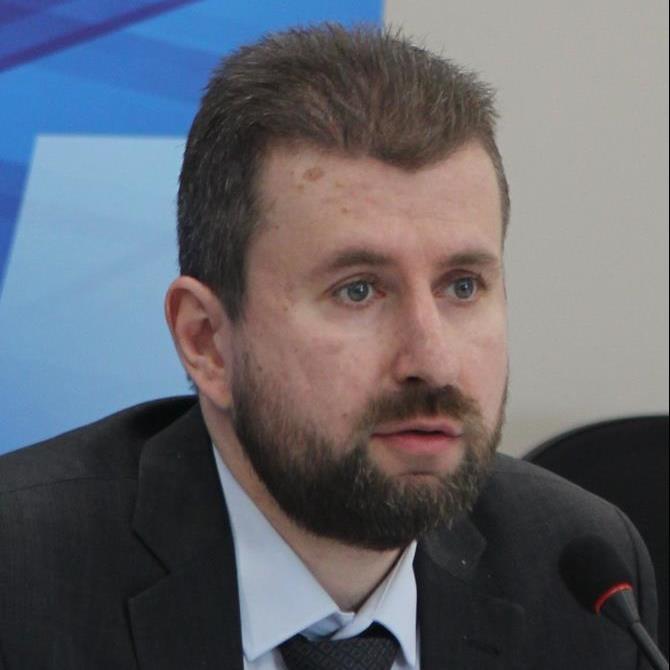Алексей Александрович Ефремов